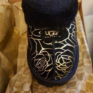 Size 6 W Ugg Coquette Slipper NIB
